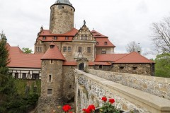 foto-km.com-2019-04-28-ZAMEK-CZOCHA-POLSKA-005